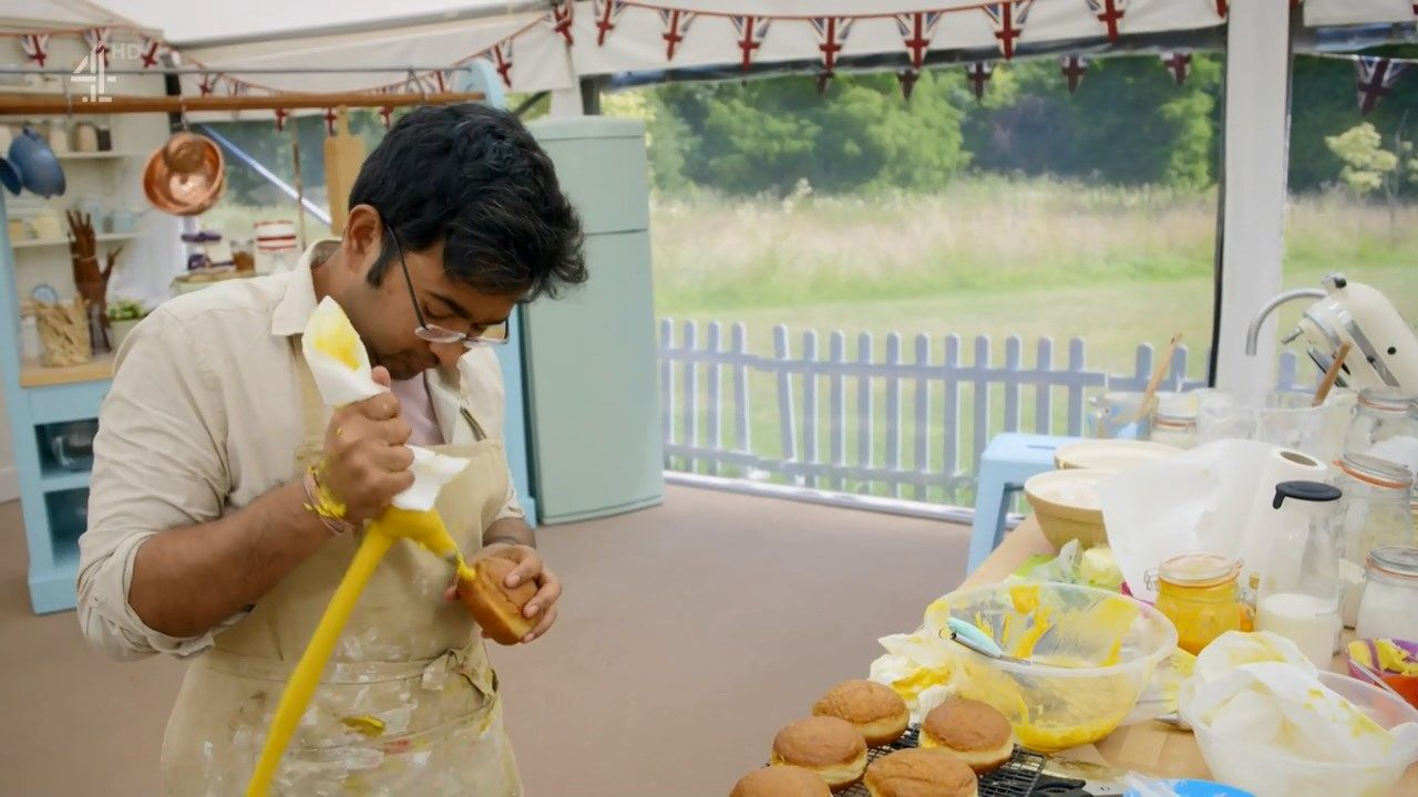 The Great British Bake Off - S9E10